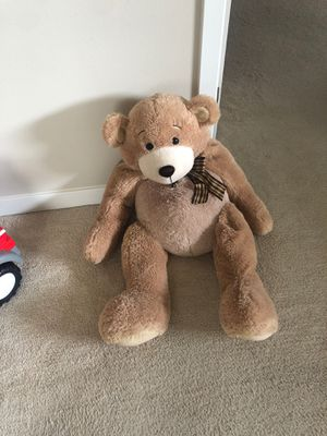 Large stuffed Teddy bear for Sale in Marysville, WA