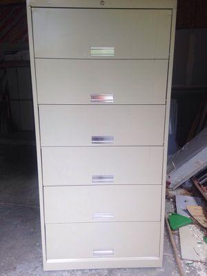 6 drawer tan filing cabinet ( Has Key) for Sale in Caledonia, MI