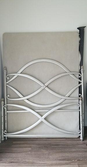 Metal full size frame for Sale in Miami, FL