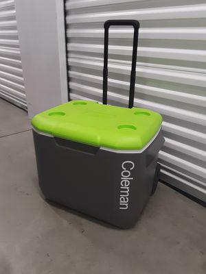 COOLER coleman for Sale in Carson, CA