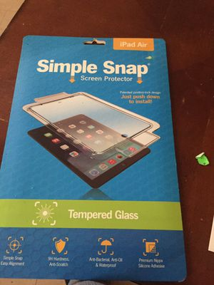 iPad Air screen protector for Sale in Leland Grove, IL