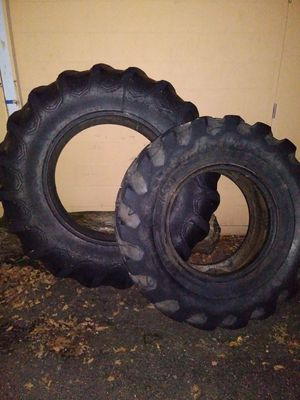 Tractor tires for Sale in Minneapolis, MN
