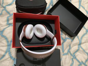 Beats Solo 3 for Sale in Dover, FL