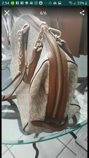 MICHAEL KORS NEW NEVER USED for Sale in Miami, FL