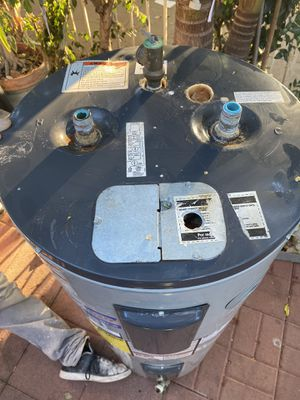 American pro line water heater for Sale in Los Angeles, CA