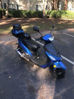 80cc Moto scooter 2018 for Sale in Doraville, GA
