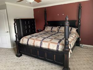 California King Bedroom Set for Sale in Tulare, CA