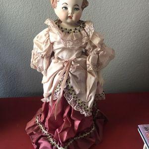 Antique Olive Brunson Porcelain Doll for Sale in Moreno Valley, CA