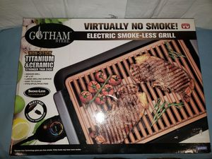 Gotham steel electric smoke less grill. New for Sale in Charlotte, MI