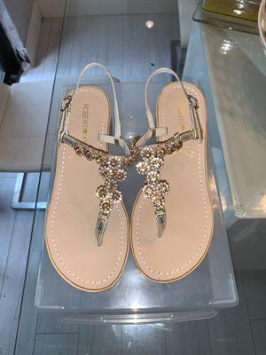 Sandals size 40 $15 for Sale in Miami, FL