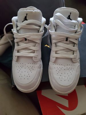 Nike air Jordan retro 1 low size 6 youth for Sale in Cambridge, MA