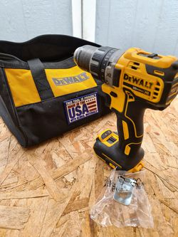 Dewalt 20-Volt MAX XR Cordless Brushless 1/2 in. Drill/Driver (Tool-Only) for Sale in Snohomish,  WA