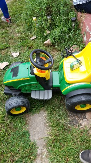 Tractor for Sale in Woodbridge Township, NJ