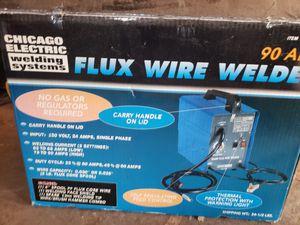 Mig welder plugs into a 110 for Sale in Detroit, MI