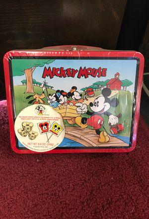 Vintage metal lunch box for Sale in Eldersville, PA