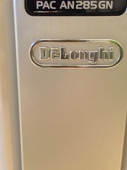 Delonghi Portable Air Conditioner for Sale in Trabuco Canyon,  CA