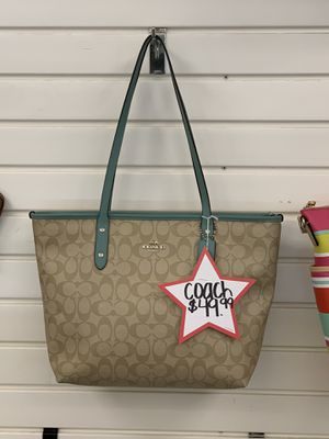 Coach tote for Sale in Houston, TX