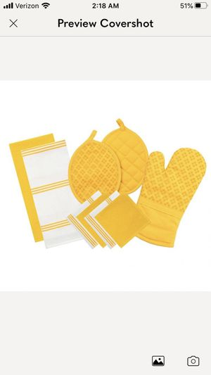 Oven mitt and pot holders for Sale in Alpine, NJ