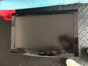 Sharp 32 inch led tv for Sale in Fort Lauderdale, FL
