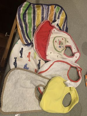 FREE USED BIBS for Sale in Bothell, WA