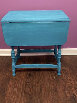 Blue Side Table for Sale in Rockville,  MD