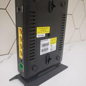 Netgear 7750 DSL Wireless Modem Router Combo for Sale in Laguna Beach, CA