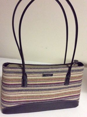 Kate Spade handbag for Sale in Puyallup, WA