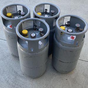 """Forklift Tanks """"EMPTY"""". 8Gallon $80 each. for Sale in Rialto, CA"""
