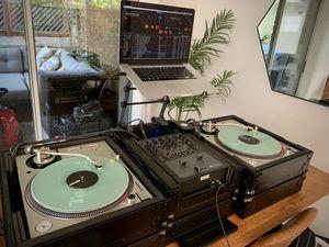 COMPLETE DJ SET. TECHNICS SL1200MK5 RANE TTM57SL SERATO ODYSSEY FLIGHT CASES +MORE for Sale in San Ramon, CA