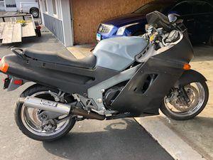 1991 Kawasaki zx11 Ninja for Sale in St. Louis, MO
