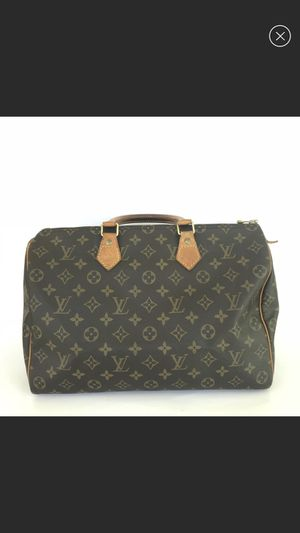 Louis Vuitton monogram speedy 35 satchel bag for Sale in Howell, NJ
