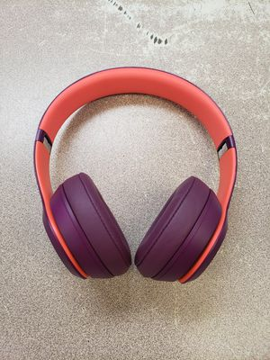 Beats Solo 3 Bluetooth Headphones for Sale in Austin, TX