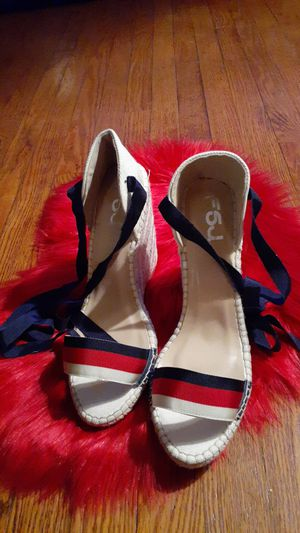 Wide width size 11 High heel espadrilles for Sale in St. Louis, MO