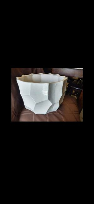 Large white decorative bowl for Sale in Fort Lauderdale, FL