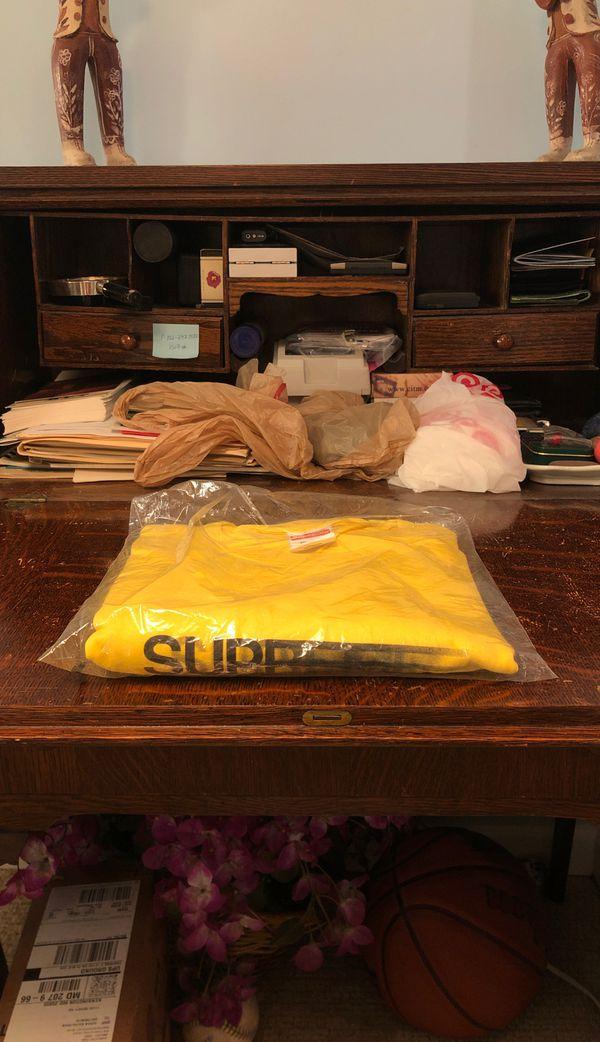 Supreme Motion Logo Tee / T-Shirt Yellow Size XL