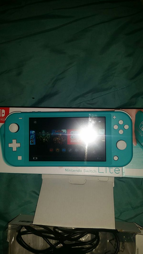 Nintendo Switch Lite, Diablo 3 & 128gig mem card