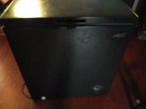 Deep freezer for Sale in Hampton, VA