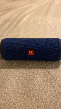 JBL Flip 4 Wireless Bluetooth Speaker (WATERPROOF) for Sale in Fort Myers,  FL