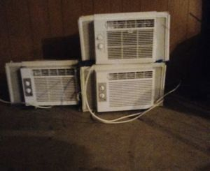 Newer Air Conditioners 5000 BTU for Sale in Kalamazoo, MI