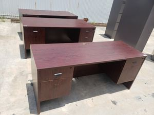 USED SMALL OFFICE DESKS FOR SALE!!!!....Each for Sale in Houston, TX