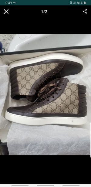 Gucci shoes size 9 for Sale in Corona, CA