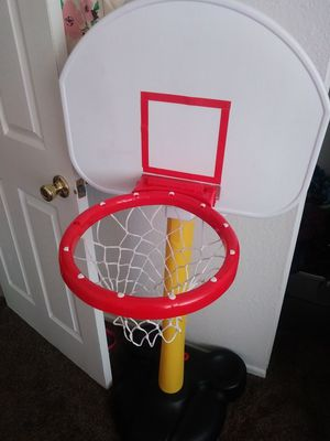 Boys basketball hoop new for Sale in San Bernardino, CA