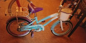White an blue girls beach Cruiser bike for Sale in Detroit, MI