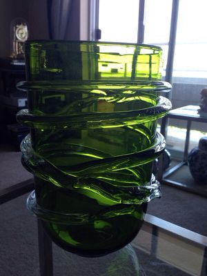 Green Vase for Sale in Tacoma, WA