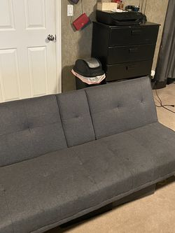 Futon/Couch Gray. Great Condition! for Sale in Tacoma,  WA