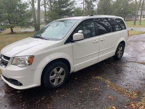 Selling a good 2011 Dodge Grand Caravan Crew minivan. Clean title. Valid inspection until March 2020. No accidents. White Exterior looks good. Clean for Sale in Jackson Township, NJ