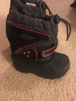Little kid size 7 snow boots for Sale in Olympia, WA