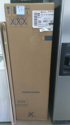 40 gallon gas tall hot water heater for Sale in Croydon, PA