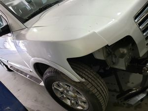 Parts of 2005 infiniti qx56 for Sale in Indianapolis, IN