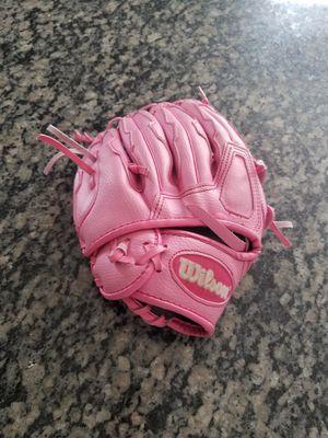 Girls wilson baseball glove 10 1/2 for Sale in Romeoville, IL